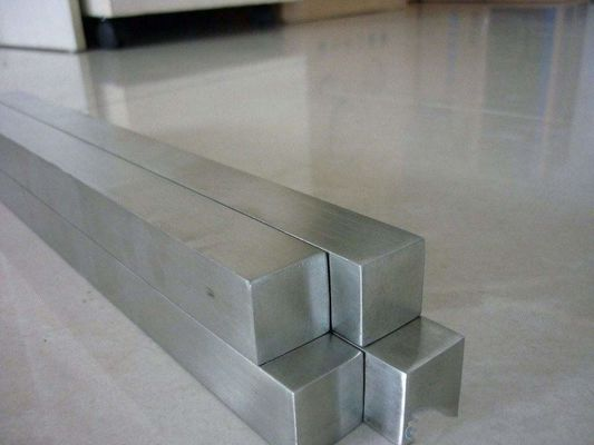 Cina Cold Drawn Bright Polishing Stainless Steel Flat Bar / Square Bar Grade 304 316L ASTM A276 pabrik