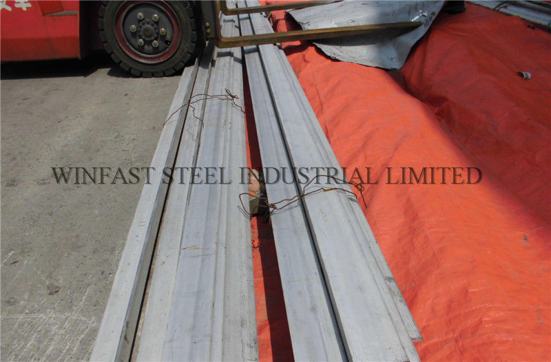 316L tidak merata Stainless Steel Angle Bar acar ASTM A479 Hot Rolled pemasok